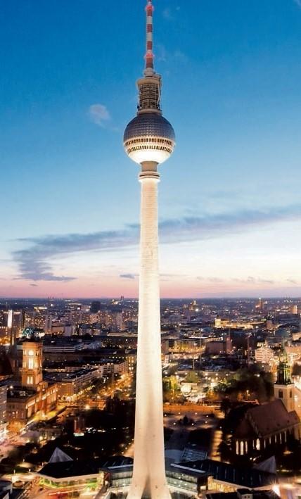 wjazd na wieżę tv w berlinie